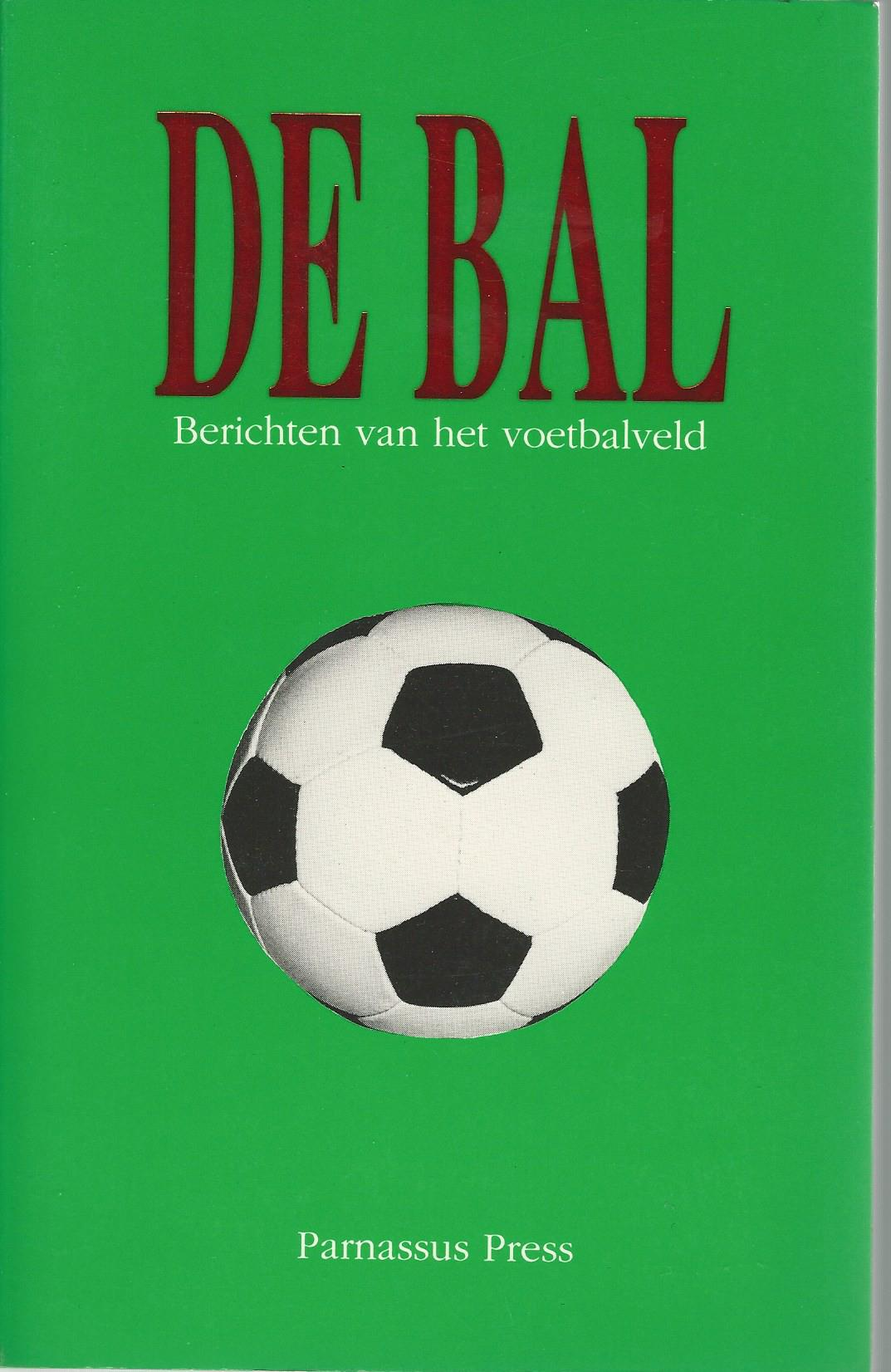 DIVERSE - De bal -Berichten van het voetbalveld